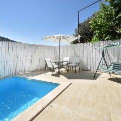 Villa Nevin Турция, Патара - отзывы, цены и фото номеров - забронировать отель Villa Nevin онлайн бассейн фото 2