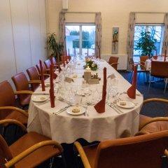 Отель Årslev Kro Дания, Орхус - отзывы, цены и фото номеров - забронировать отель Årslev Kro онлайн помещение для мероприятий