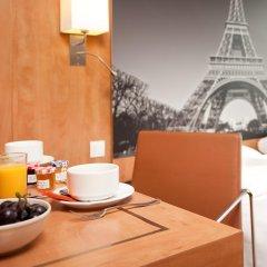 Отель Best Western Ronceray Opera Париж в номере