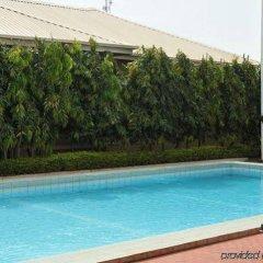 Protea Hotel Apo Apartments бассейн