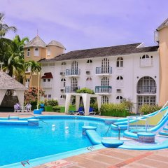 Отель Sandcastles Beach Resort бассейн фото 2
