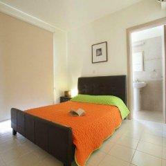Отель 3 Br Villa Clover - Chg 8875 Протарас комната для гостей фото 2