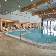 Wellness Hotel Diamant Глубока-над-Влтавой бассейн