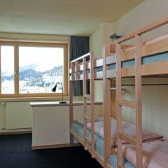 Отель Youth Hostel St. Moritz Швейцария, Санкт-Мориц - отзывы, цены и фото номеров - забронировать отель Youth Hostel St. Moritz онлайн комната для гостей фото 3