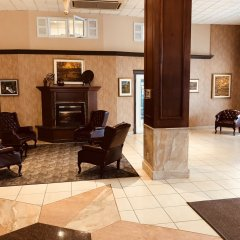 Отель Ramada Plaza by Wyndham Gatineau/Manoir du Casino Канада, Гатино - отзывы, цены и фото номеров - забронировать отель Ramada Plaza by Wyndham Gatineau/Manoir du Casino онлайн интерьер отеля