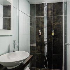 Отель Hôtel Courcelles Étoile ванная фото 2