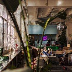 Fabrika Hostel & Suites - Hostel гостиничный бар