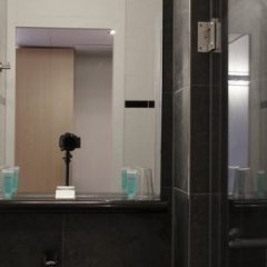 Отель Bastion Hotel Utrecht Нидерланды, Утрехт - 1 отзыв об отеле, цены и фото номеров - забронировать отель Bastion Hotel Utrecht онлайн ванная фото 2