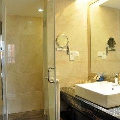 Отель Sunshine Hotel Shenzhen Китай, Шэньчжэнь - отзывы, цены и фото номеров - забронировать отель Sunshine Hotel Shenzhen онлайн ванная
