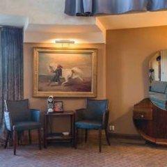 Отель Best Western Hôtel Mercedes Arc de Triomphe фото 17