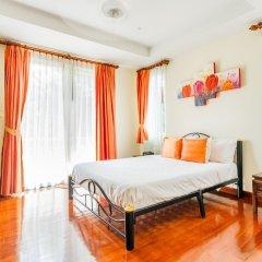 Отель Baan Kaja Villa by Lofty Таиланд, Камала Бич - отзывы, цены и фото номеров - забронировать отель Baan Kaja Villa by Lofty онлайн комната для гостей фото 4