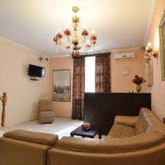 Отель Albert House Hotel Армения, Ереван - 1 отзыв об отеле, цены и фото номеров - забронировать отель Albert House Hotel онлайн комната для гостей