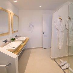 Отель Baia Chia - Chia Laguna Resort Италия, Домус-де-Мария - отзывы, цены и фото номеров - забронировать отель Baia Chia - Chia Laguna Resort онлайн ванная