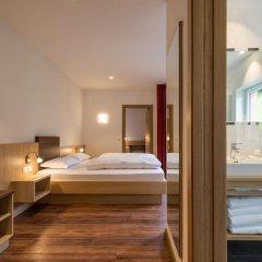 Alpin Hotel Gudrun Колле Изарко сейф в номере