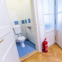 Отель Vienna Opera Appartment - free PARKING Австрия, Вена - отзывы, цены и фото номеров - забронировать отель Vienna Opera Appartment - free PARKING онлайн ванная