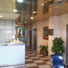 Отель Apartamentos Don Carlos Испания, Сантандер - отзывы, цены и фото номеров - забронировать отель Apartamentos Don Carlos онлайн бассейн
