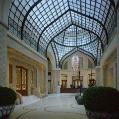 Отель Four Seasons Gresham Palace интерьер отеля