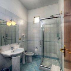 Отель Ristorante Vittoria Италия, Помпеи - 1 отзыв об отеле, цены и фото номеров - забронировать отель Ristorante Vittoria онлайн ванная фото 2