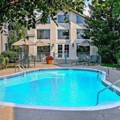 Отель Hampton Inn & Suites Springdale бассейн фото 3