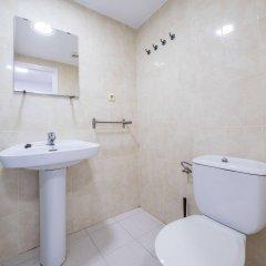 Отель Apartaments AR Monjardí Испания, Льорет-де-Мар - отзывы, цены и фото номеров - забронировать отель Apartaments AR Monjardí онлайн ванная фото 2