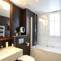 Отель Little Palace Hotel Франция, Париж - 7 отзывов об отеле, цены и фото номеров - забронировать отель Little Palace Hotel онлайн ванная