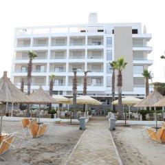 Hotel GRINT бассейн