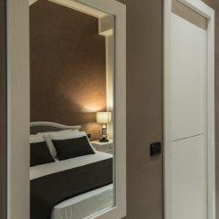 Отель Fabio Massimo Guest House сейф в номере