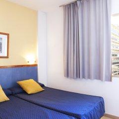 Отель Salou Beach by Pierre & Vacances Испания, Салоу - отзывы, цены и фото номеров - забронировать отель Salou Beach by Pierre & Vacances онлайн комната для гостей фото 5