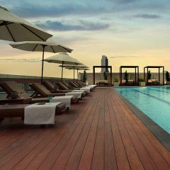 Отель Amari Residences Bangkok бассейн фото 3