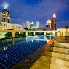 Отель Icheck Inn Residence Sukhumvit 20 Бангкок бассейн фото 2