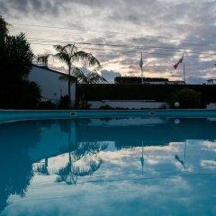 Отель Quinta Minuvida Orchard Lodge бассейн фото 3