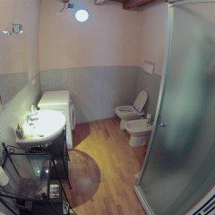 Апартаменты Apartment via Maironi da Ponte Бергамо ванная