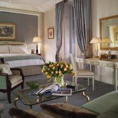Отель Four Seasons Hotel Geneva Швейцария, Женева - отзывы, цены и фото номеров - забронировать отель Four Seasons Hotel Geneva онлайн комната для гостей фото 5