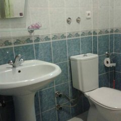 Defne & Zevkim Hotel ванная