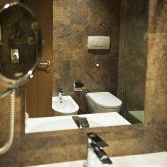 Отель Mondial Hotel Албания, Тирана - отзывы, цены и фото номеров - забронировать отель Mondial Hotel онлайн ванная фото 2