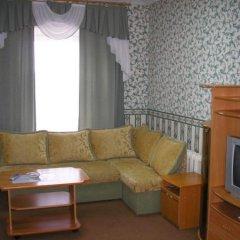 Гостиница Кама в Нефтекамске отзывы, цены и фото номеров - забронировать гостиницу Кама онлайн Нефтекамск комната для гостей фото 2