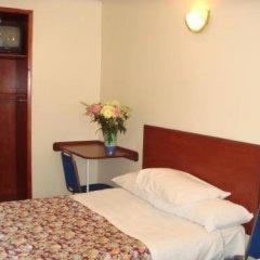 Regency Court Hotel сейф в номере