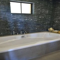 Отель Perfect View Pool Villa Таиланд, Остров Тау - отзывы, цены и фото номеров - забронировать отель Perfect View Pool Villa онлайн ванная