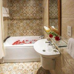 Отель NEW STAR INN Boutique Hotel Вьетнам, Хошимин - отзывы, цены и фото номеров - забронировать отель NEW STAR INN Boutique Hotel онлайн ванная