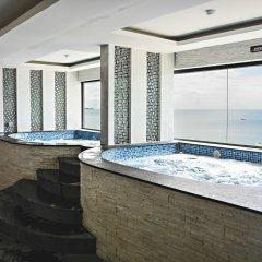 Cosy Beach Hotel Паттайя бассейн