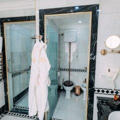 Отель Golden Palace Hotel Yerevan Армения, Ереван - отзывы, цены и фото номеров - забронировать отель Golden Palace Hotel Yerevan онлайн ванная фото 2