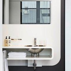 Отель 25 Hours Гамбург ванная фото 2
