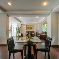 Отель The Platinum Suite Бангкок питание