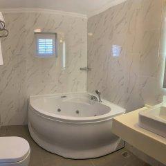 Moonshine Hotel & Suites ванная