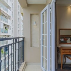 Отель Hoang Lan Hotel Вьетнам, Хошимин - отзывы, цены и фото номеров - забронировать отель Hoang Lan Hotel онлайн балкон