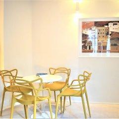 Отель Themelio Boutique Suite Афины гостиничный бар