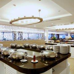 Отель Centara Blue Marine Resort & Spa Phuket Таиланд, Пхукет - отзывы, цены и фото номеров - забронировать отель Centara Blue Marine Resort & Spa Phuket онлайн питание фото 2