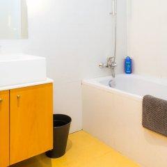 Апартаменты Liiiving In Porto - Antas Corporate Studio ванная фото 2