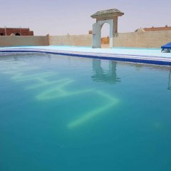 Отель Kasbah Bivouac Lahmada Марокко, Мерзуга - отзывы, цены и фото номеров - забронировать отель Kasbah Bivouac Lahmada онлайн бассейн фото 2