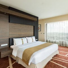 Отель Holiday Inn Shanghai Hongqiao West комната для гостей фото 5